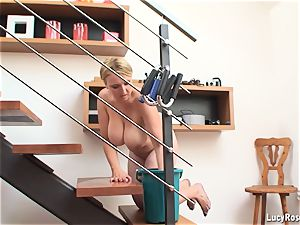 chesty housewife Lucy Rose cleaning