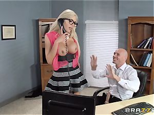 sizzling boss Nina Elle entices her worker