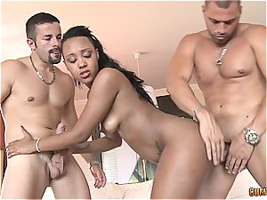 dark-hued princess with a bouncy bum gets double-penetrated