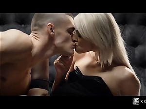 xCHIMERA - glamour motel apartment poke with blond Katy Rose