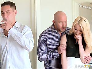 Staci Carr boinks behind her husbands back