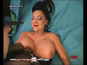 German mummy likes jism on her Pretty face And huge breasts