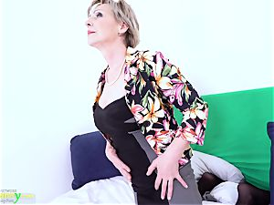 elderly sitter Milena Czech Mature Solo