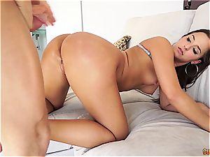 Amirah Adara gets cummed on her asscheeks