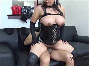 TuVenganza - Latina tongues cum during fetish revenge pummel