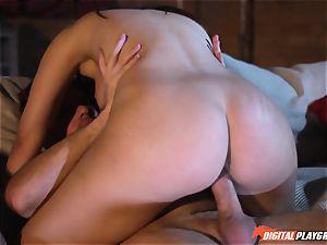 spunky vulva banged pole slurper Valentina Nappi