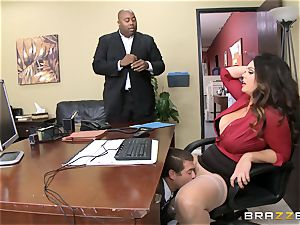 Alison Tyler gets her chubby cooch dicked in the office