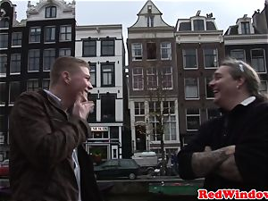 Pussyfucked dutch escort greets tourist