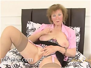 Over 60 mature model love button shows us her grandma assets