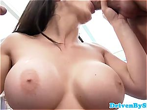 Rich babe Aletta Ocean unveils her melons to 2 Paparazzi